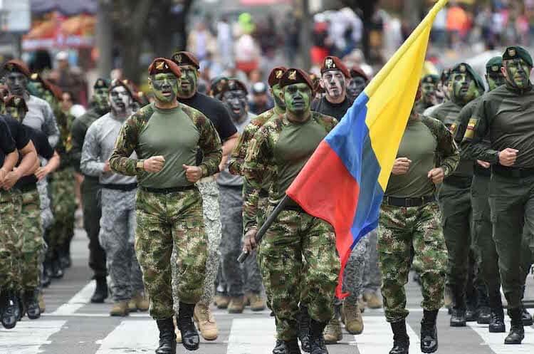 Qué es y cómo sacar el certificado de libreta militar en Colombia