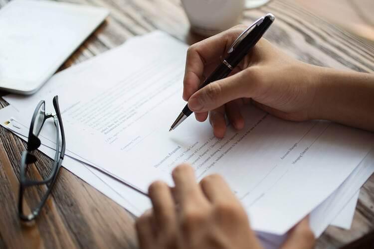 Cómo obtener el certificado de Licitud de Título y Contenido en México