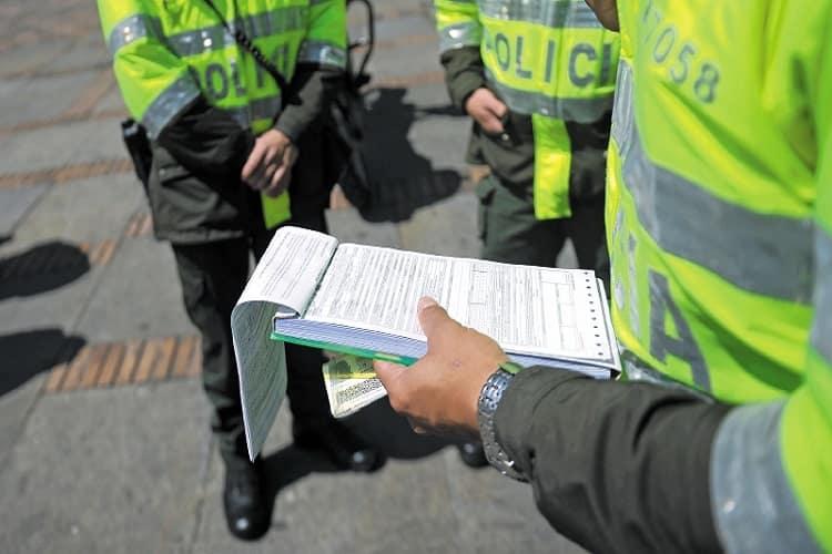 Cómo descargar el Certificado de Medidas Correctivas en Colombia
