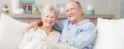 pareja-mayor-sonriendo.