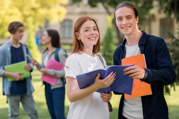 Cómo obtener el certificado de notas en Chile