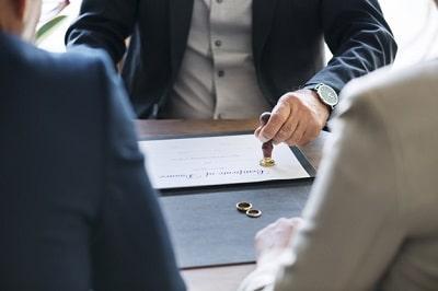matrimonio-ruptura-certificacion-divorcio-min