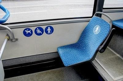 asientos diseñados especialmente para las personas