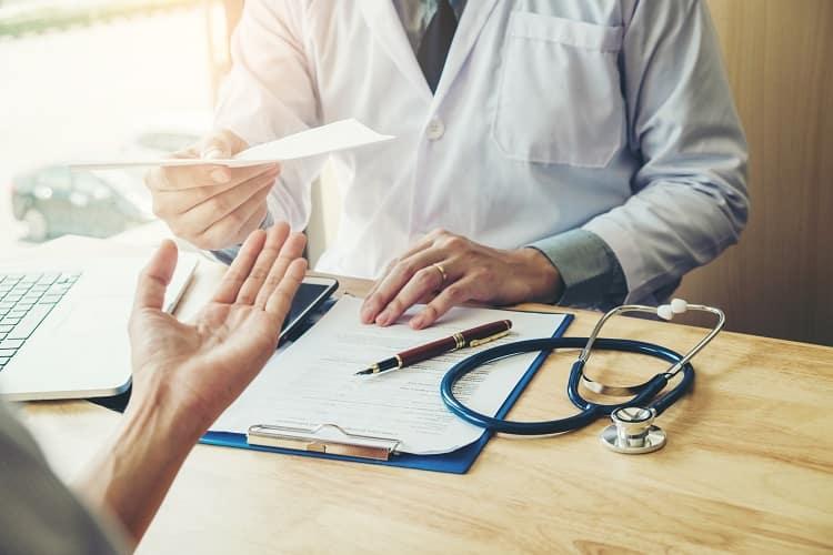 Cómo sacar el certificado médico en Costa Rica