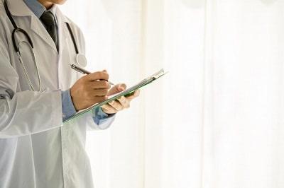 documento emitido por un médico profesional