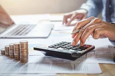 ingreso que debe obtener durante el año fiscal para ser considerada una persona No Contribuyente