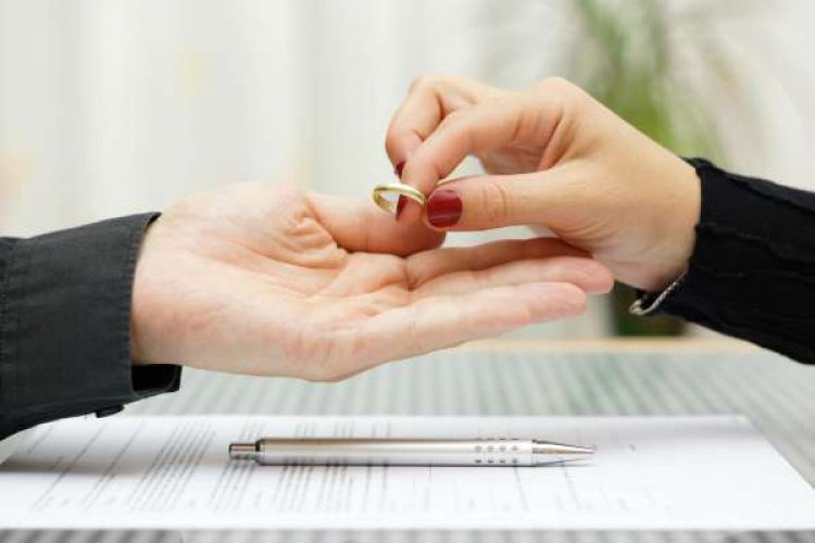 divorcio-anillo-quitar